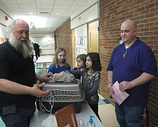 Neighbors   Zack Shively.The PTO brought in Dan Felger of Felger Exotics to show the children and parents some animals, such as a rabbit and a marmoset. The children pet the animals and talked to Felger while in line for their professional photo with Felger's kangaroo.