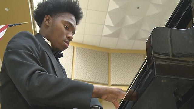Darrius Simmons, a 17-year-old Warren junior at Warren G. Harding High School has captured attention across the country with his ability as a classical pianist, appeared on NBC Nightly News with Lester Holt on May 15.  A crew from NBC filmed it at Harding High on Monday.