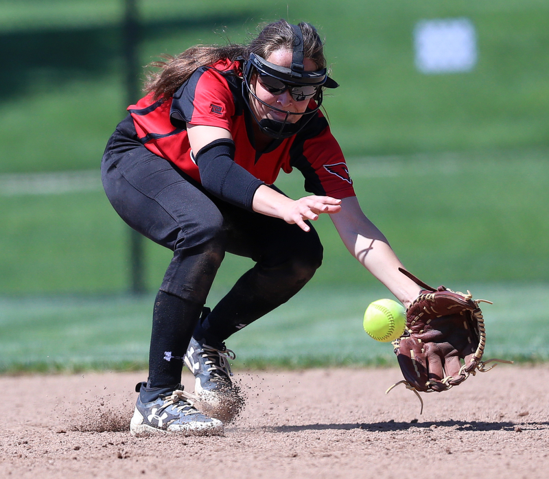 AKRON, OHIO- 05-23-18 SOFTBALL D1 Regional Semi- Canfield Cardinals vs Willoughby South Rebels: Canfield's Brooke Crissman (3) goes after the grounder during the 7th inning at University of Akron, Lee Jackson Softball Field.  MICHAEL G. TAYLOR | THE VINDICATOR