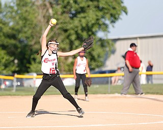 Canfield's Paris Lindgren pitches the ball in the last inning of the 10u softball tournament game against Austintown on Sunday.