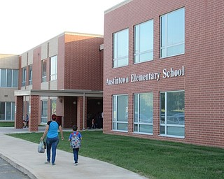 Neighbors | Jessica Harker.Austintown Elementary School opened its doors for the first day of class on Aug. 28 for the start of the 2018-19 school year.