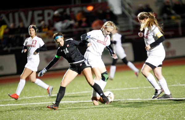 Mooney v. Struthers girls soccer