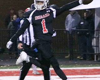 Jimmy Jones scores a game-tying touchdown reception during the Girard v. Licking Valley game in Dover, Ohio on Saturday, Nov. 24, 2018. ETHAN CLEWELL | THE VINDICATOR