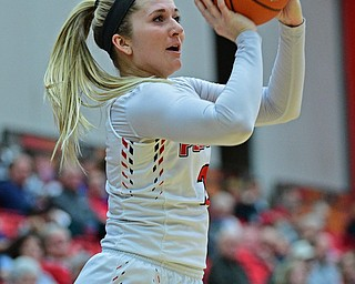 YOUNGSTOWN, OHIO - JANUARY 3, 2018: Youngstown State's Alison Smolinski shoots a three point shot during the first half of their game, Thursday night Beeghley Center. Youngstown State won 81-29. DAVID DERMER | THE VINDICATOR