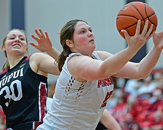 YOUNGSTOWN, OHIO JANUARY 5, 2019: Youngstown State's Mary Dunn grabs a rebound away from IUPUI's Morgan Allen during the first half of their game, Saturday afternoon at Beeghly Center. Youngstown State won 70-52. DAVID DERMER | THE VINDICATOR