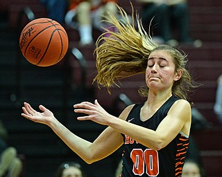 BOARDMAN, OHIO - FEBRUARY 4, 2019: Howland's Jenna Craig loses control of the pass during the second half of their game, Monday night at Boardman High School. DAVID DERMER | THE VINDICATOR