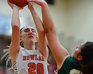 HOWLAND, OHIO - FEBURARY 6, 2019:Howland's Alex Ochman goes to the basket against Lakeside's Hailee Agunaga during the second half of their game, Wednesday night at Howland High School. Howland won 89-40. DAVID DERMER | THE VINDICATOR