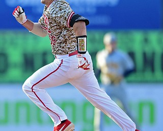 NILES, OHIO - APRIL 10, 2019: Youngstown State's Dylan Swarmer runs to third base for a triple in the sixth inning of Wednesday nights game against Toledo at Eastwood Field. Youngstown State won 5-3. DAVID DERMER | THE VINDICATOR
