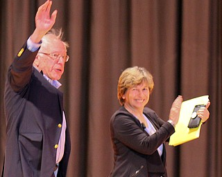 William D. Lewis the Vindicator  Sen Bernie sanders and Randi Weingrten AFT Pres enter 4-14-19 rally at Lordstown HS.
