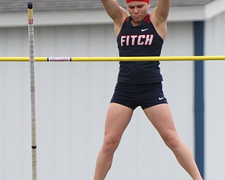 William D. Lewis the vindicator  fitch Pole vulter Madison Skelly competes 5-25-19.
