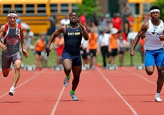 COLUMBUS, OHIO -June 1, 2019: OHSAA Track & Field Championships at Jesse Owens Stadium, Ohio State University. .D2 Boy's 100m. East's Giovanni Washington runs in the 100m. Photo by MICHAEL G. TAYLOR | THE VINDICATOR