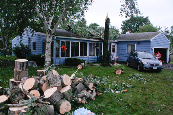 Storm causes damage
