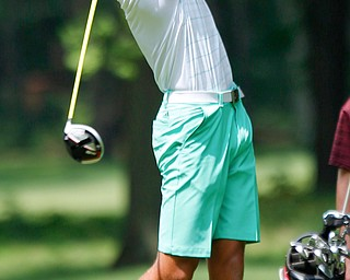 Jake Sylak drives the ball in the U-17 Greatest Golfer Juniors finals at Squaw Creek Golf Course in Vienna on Friday. EMILY MATTHEWS | THE VINDICATOR
