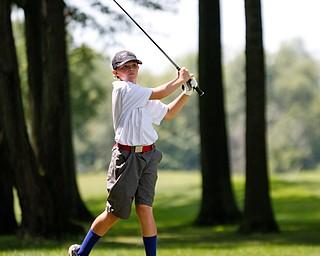 CJ Brew drives the ball during the Greatest Golfer Boys U14 championship at Avalon Lakes on Saturday. EMILY MATTHEWS   THE VINDICATOR