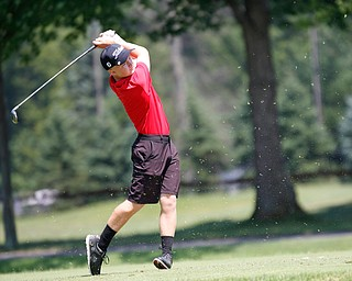 Tyler Andersen drives the ball during the Greatest Golfer Boys U17 championship at Avalon Lakes on Saturday. EMILY MATTHEWS   THE VINDICATOR
