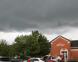 William D. Lewis the vindicator A strom cloud passes over the Warren Public Library on Mahoning on Mahoning Ave in Warren Tuesday 8-6-19 afternoon.