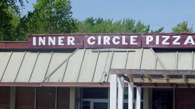 Inner Circle Pizza - Austintown