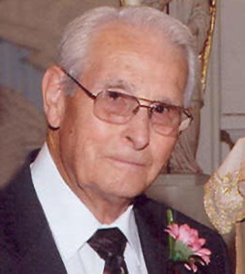 DONALD R. HOUCK
